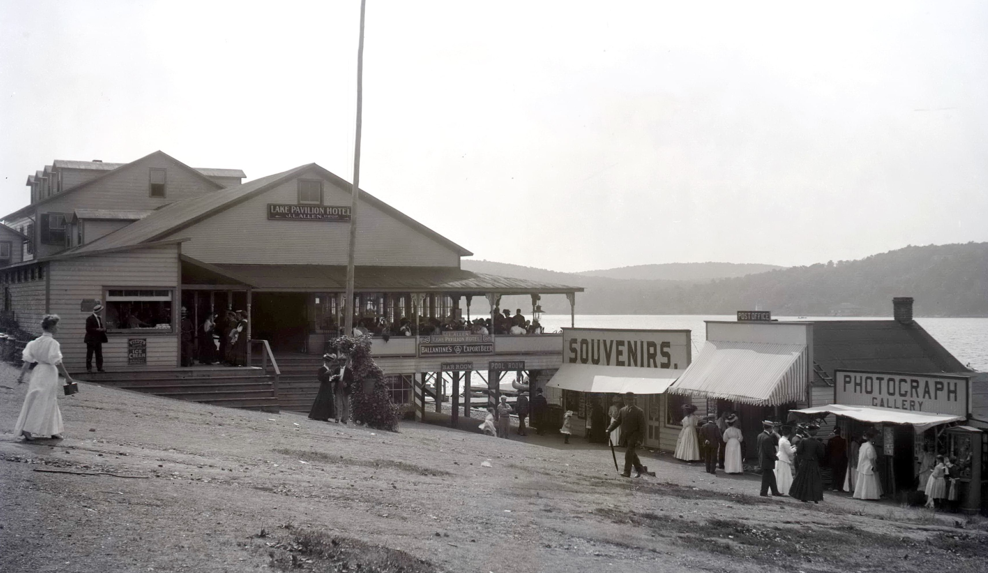 Allens Point pavilion in the early 1900s.