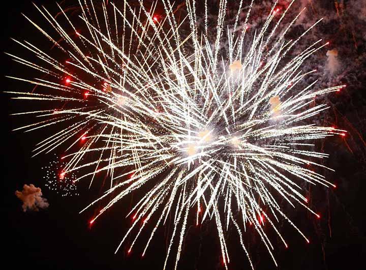 2011JD_-_fireworks14