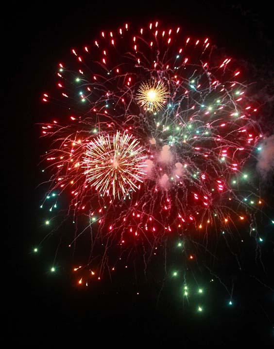 2011JD_-_fireworks18