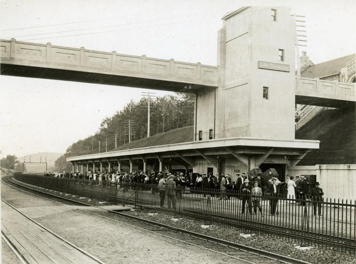 LHHM - Station - B16049