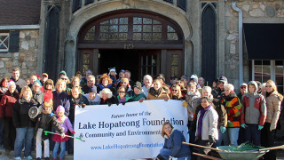 Members of the Lake Hopatcong Foundation and volunteers in front of the Lake Hopatcong Train Station. (Photo courtesy of Bob Kays)